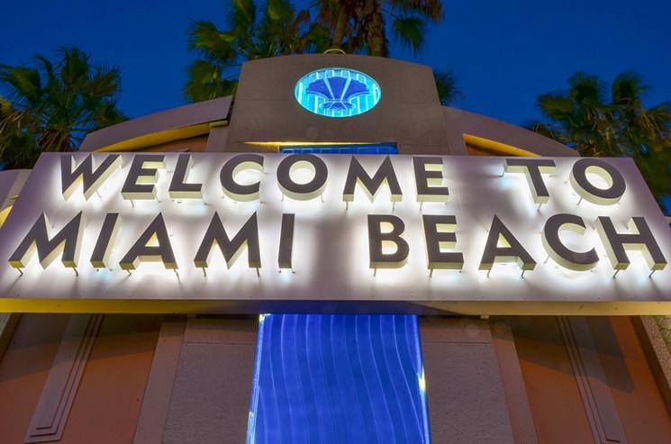 Miami Signs